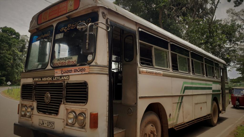 Sri Lanka bus