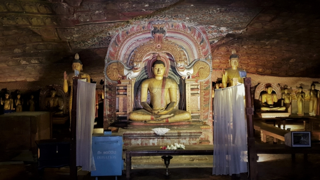 Sri Lanka Dambulla caves