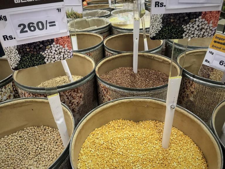sri lanka kandy market