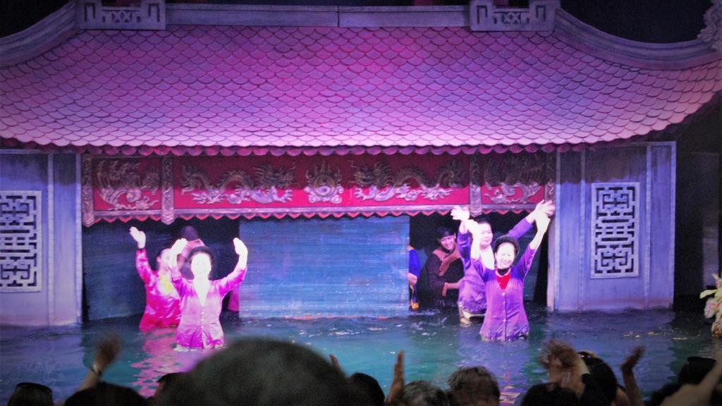 Vietnam-hanoi-pupets-show